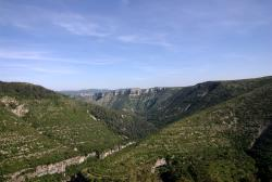 Coming down the valley, along the Cirque de Navacelles