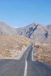 Rolling road towards Yazd