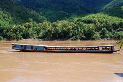 The type of boat we'll take to Huay Xai