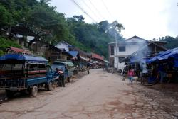 Pakbeng's main road