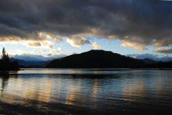 A stunning sunset over Lake Wanaka