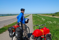 Cycling through (boring) Flavoland