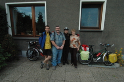 After a week of good hospitality, we leave Gerda`s house