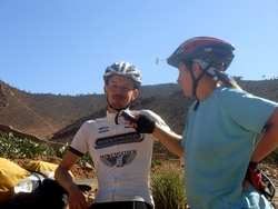Friedel interviewing a fellow cyclist