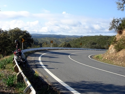 The curving roads leading to Beja